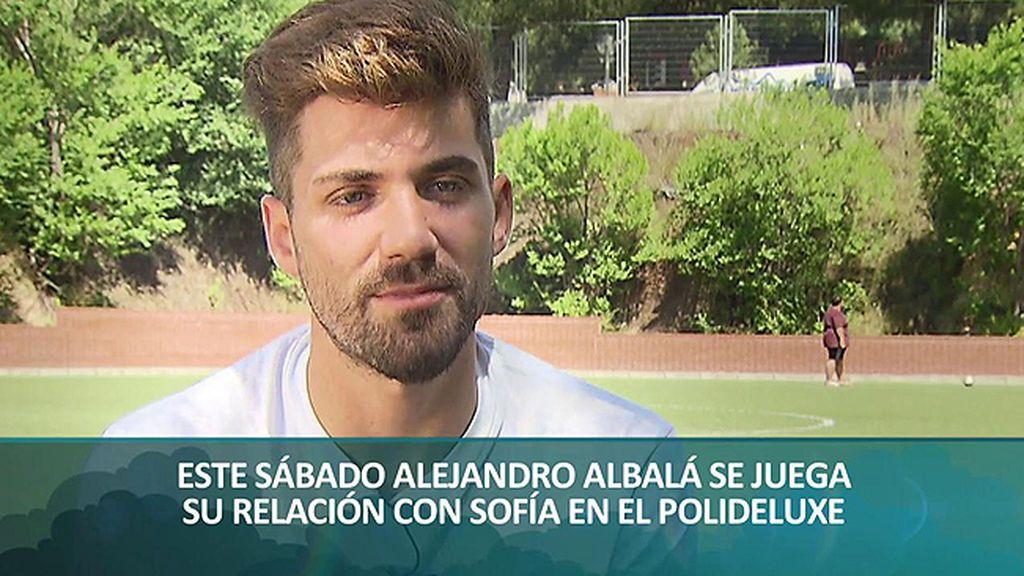 """Alejandro Albalá se sienta en el PoliDeluxe e insiste: """"No me he liado con nadie"""""""