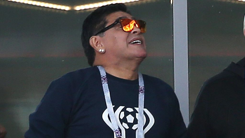 Del éxtasis, a las lágrimas: Maradona no pudo contener la emoción tras la derrota de Argentina