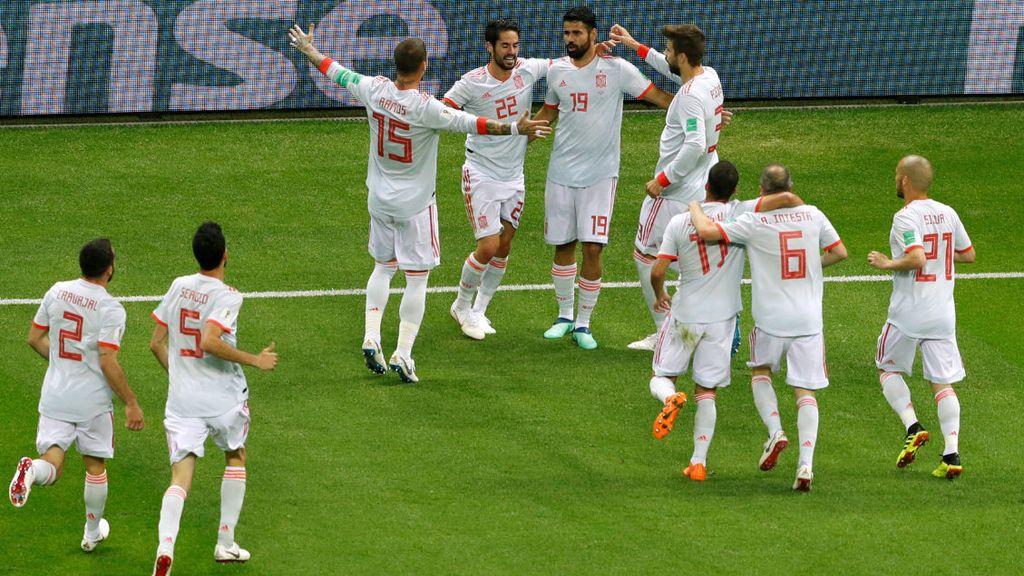 Los jugadores de la selección española celebran el gol de Diego Costa a Irán el 20 de junio de 2018 en el Mundial de Rusia.