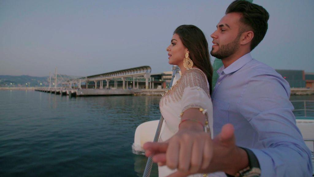 ¡Al fin solos! Rebe y José disfrutan de un momento de intimidad y se marcan un 'Titanic' en el barco