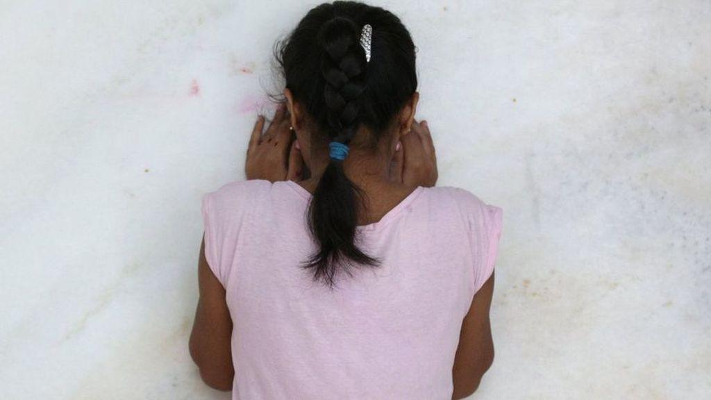 Investigan al padre granadino de 30 hijos por supuestos abusos sexuales a tres de ellas