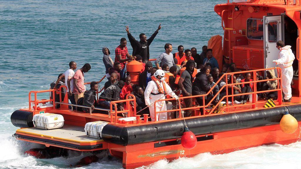 Rescatan en un día a más de 550 migrantes en las costas españolas