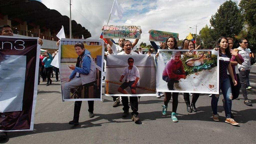 El Ministerio de Exteriores de Colombia confirma que los cuerpos hallados son de los tres trabajadores de 'El Comercio'