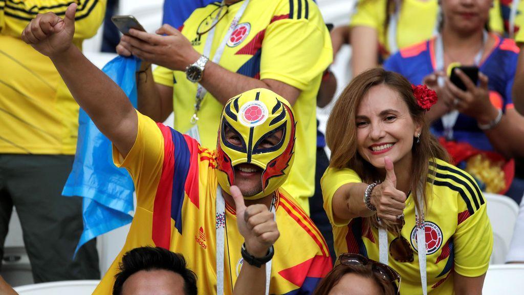 Aficionados colombianos animan a su selección