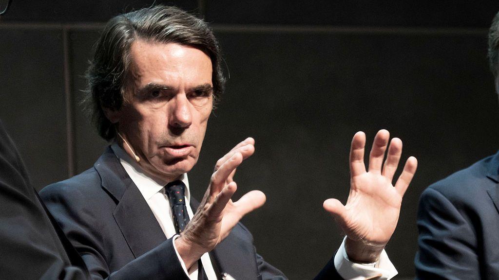 """Aznar apuesta por """"renovar"""" y """"refundar"""" el PP"""