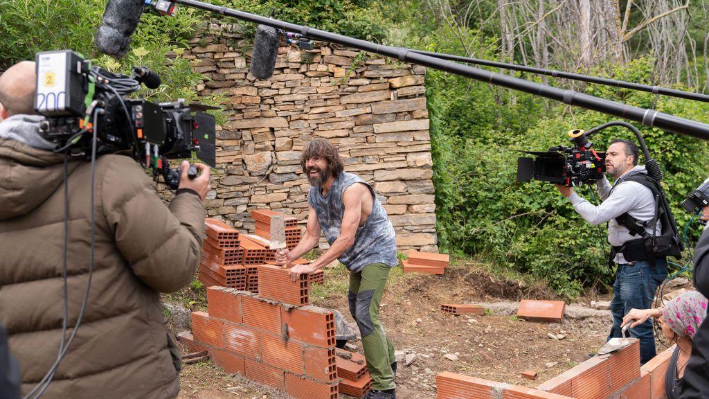 Santi Millán, durante el rodaje de 'El pueblo', en Soria.