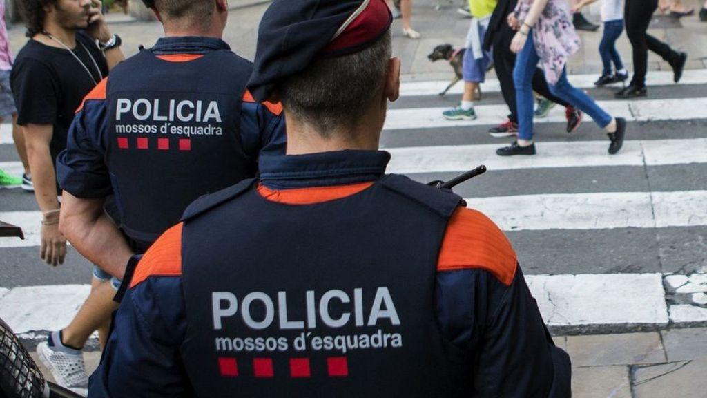 Detenidos dos menores por agredir sexualmente a una chica de 15 años en Girona
