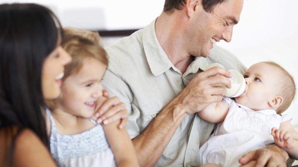 El Congreso se apunta a la equiparación de los permisos parentales