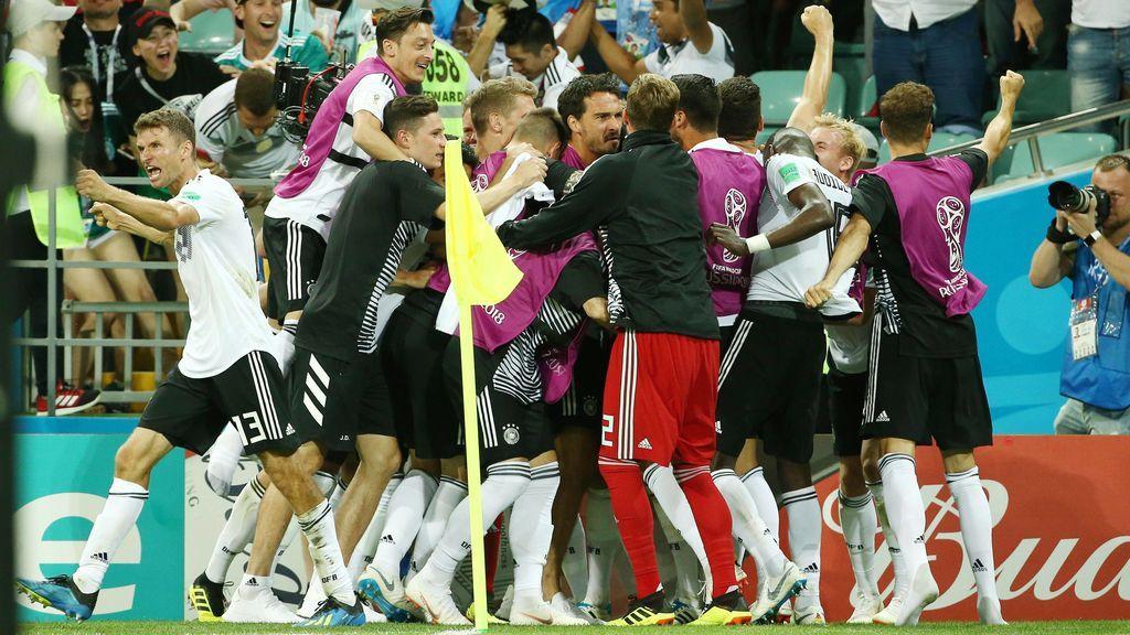 La FIFA multa a dos miembros de la delegación alemana por los incidentes ante Suecia