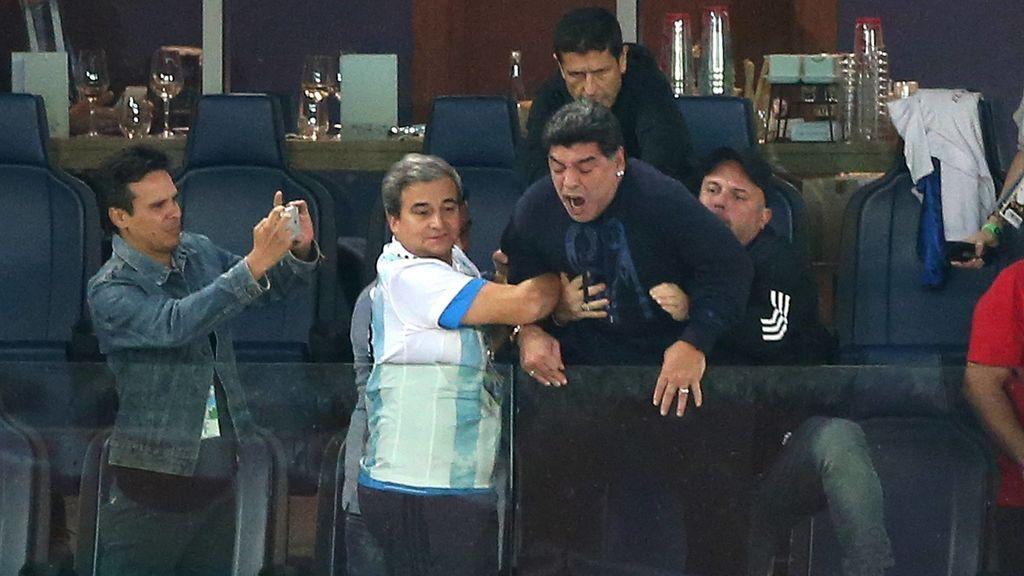 Esto no son 'MEMES': Así vivió Maradona la victoria de Argentina ante Nigeria