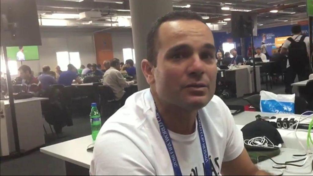 "Un periodista rompe a llorar en el centro de prensa: ""El primer gol que vi de Perú en un Mundial"""