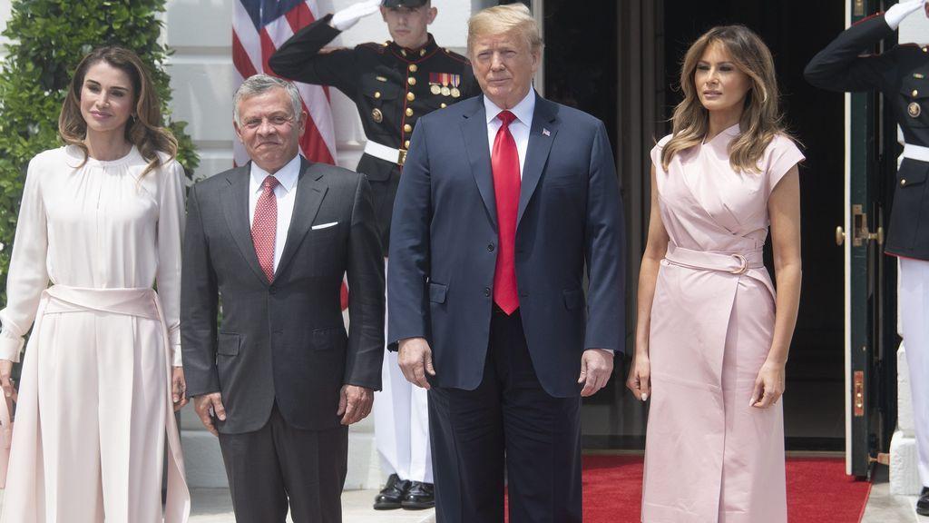 Aciertos y Errores de la visita de los Reyes de Jordania a EEUU: Melania y Rania, todo al rosa