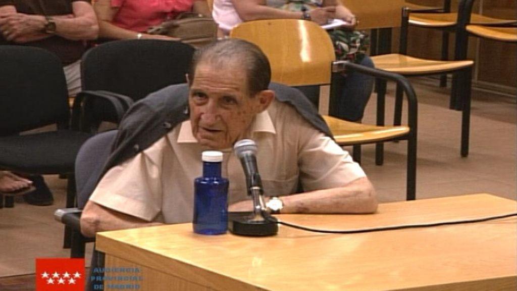 El doctor Vela alega que no recuerda nada en el primer juicio celebrado por el robo de bebés