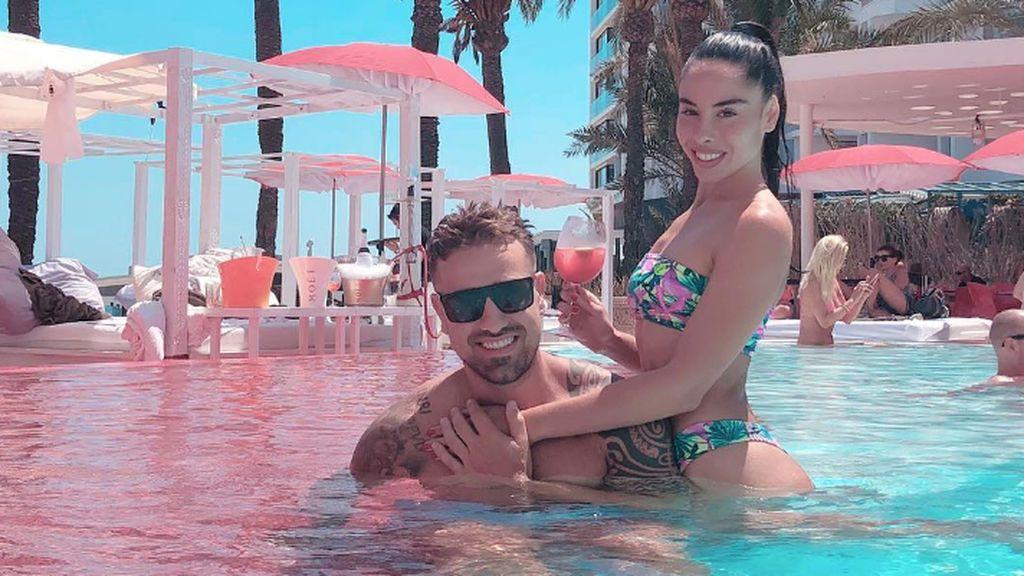 ¡Conquistando la fiesta! Los viceversos más famosos se reunen en la playa de Ibiza