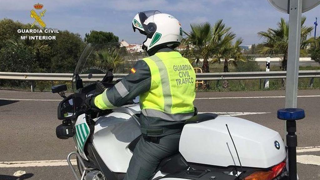 Detienen en Huelva al conductor de un vehículo articulado que superaba diez veces la tasa de alcohol