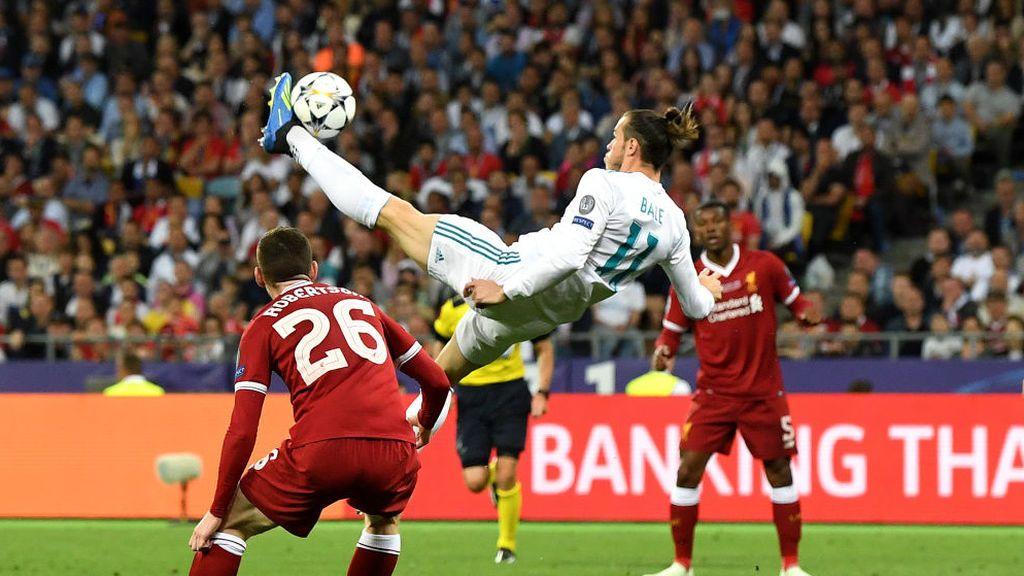 Gareth Bale marca de chilena el segundo gol del Real Madrid ante el Liverpool en la final de la Champions el 26 de mayo de 2018.
