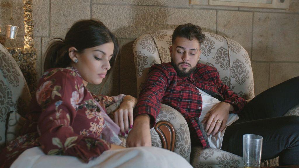 """Rebe vive sus primeros meses de embarazo separada de José, que """"huye"""" a Tenerife"""