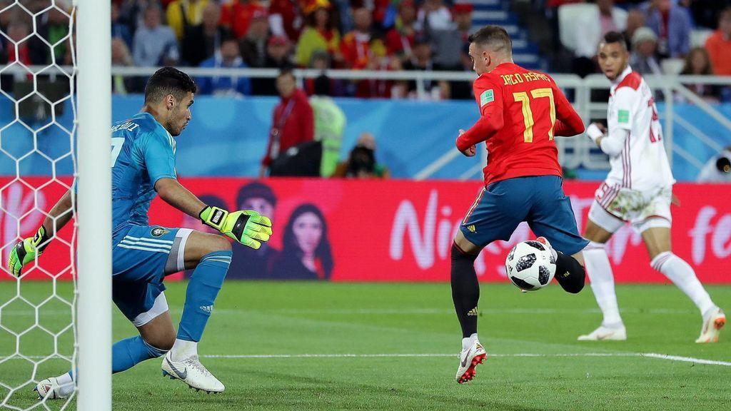 Iago Aspas marca a Marruecos el gol que dio a España el pase a octavos de final del Mundial de Rusia.