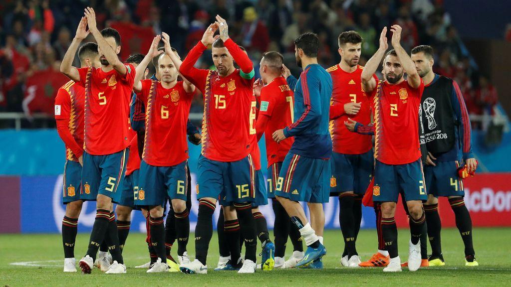 Los jugadores de la selección española celebran el empate a dos ante Marruecos el 25 de junio de 2018 en el Mundial de Rusia.