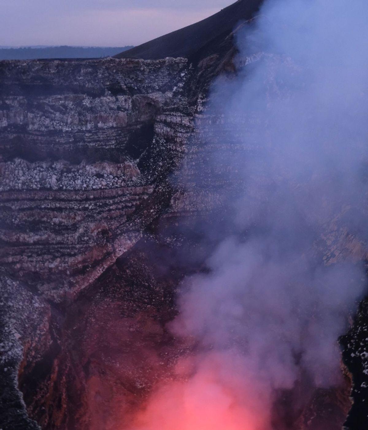 Experiencias inexcusables a la sombra de un volcán