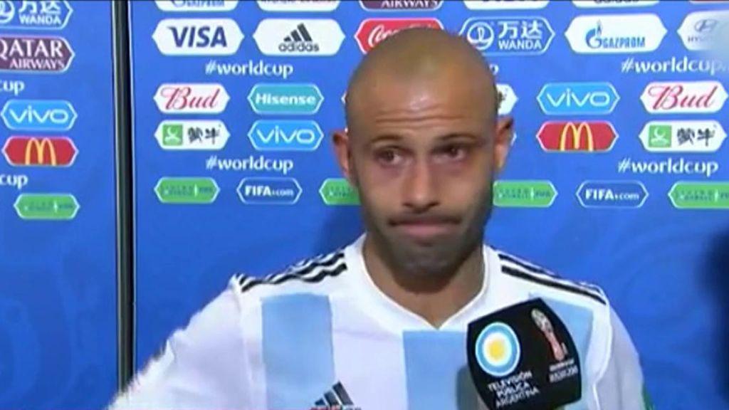 """Mascherano anuncia entre lágrimas su retirada de la selección argentina: """"Se terminó"""""""