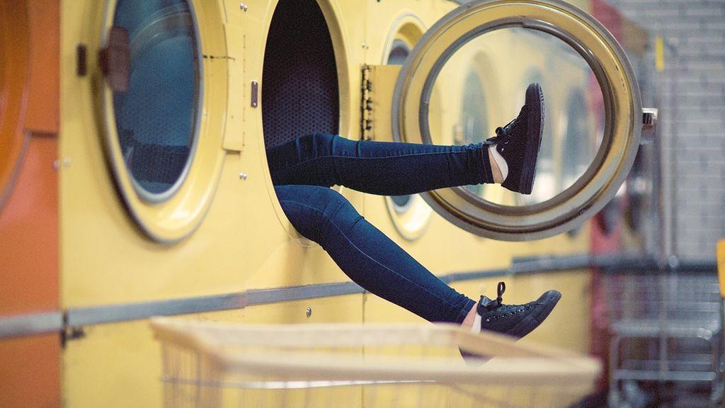 Un niño de tres años muere asfixiado en la lavadora mientras jugaba al escondite