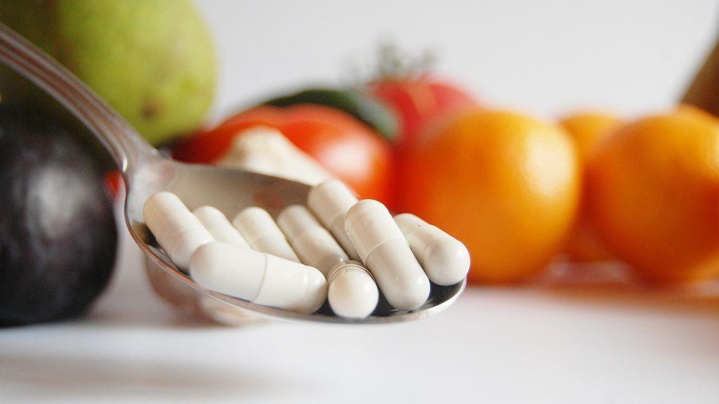 Nueve alimentos que no debes mezclar con medicamentos