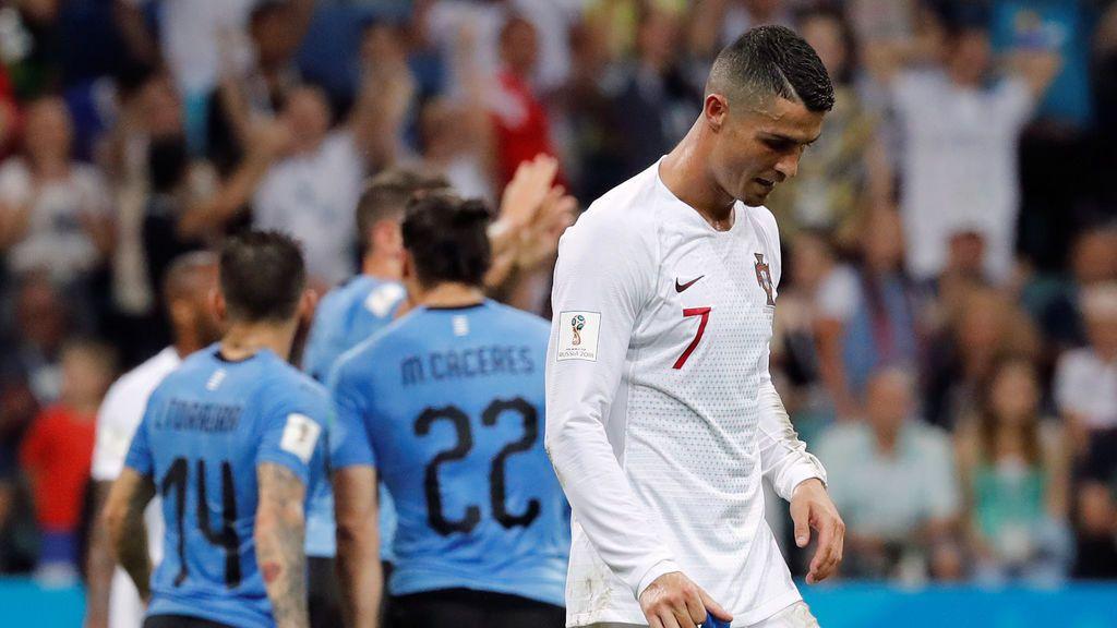 Cristiano, el jugador más adelantado de Portugal, pero sin pisar el área en casi todo el partido