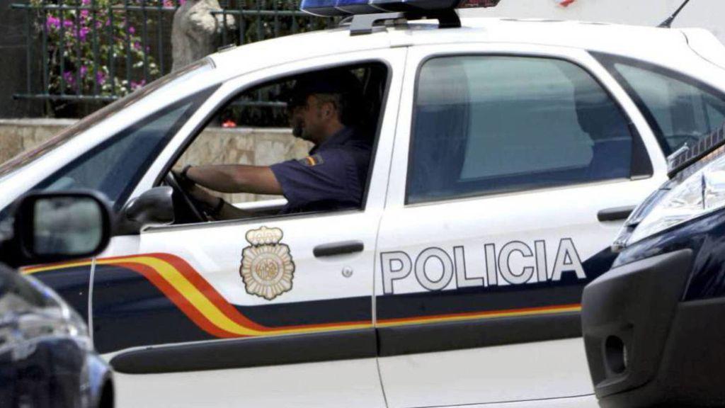 Detienen a una mujer  de 60 años por cuadruplicar la tasa de alcohol y agredir a varios policías