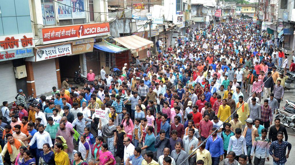 Manifestación en la India contra las violaciones a menores