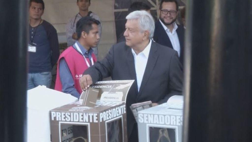 México celebra unas históricas elecciones presidenciales marcadas por la violencia