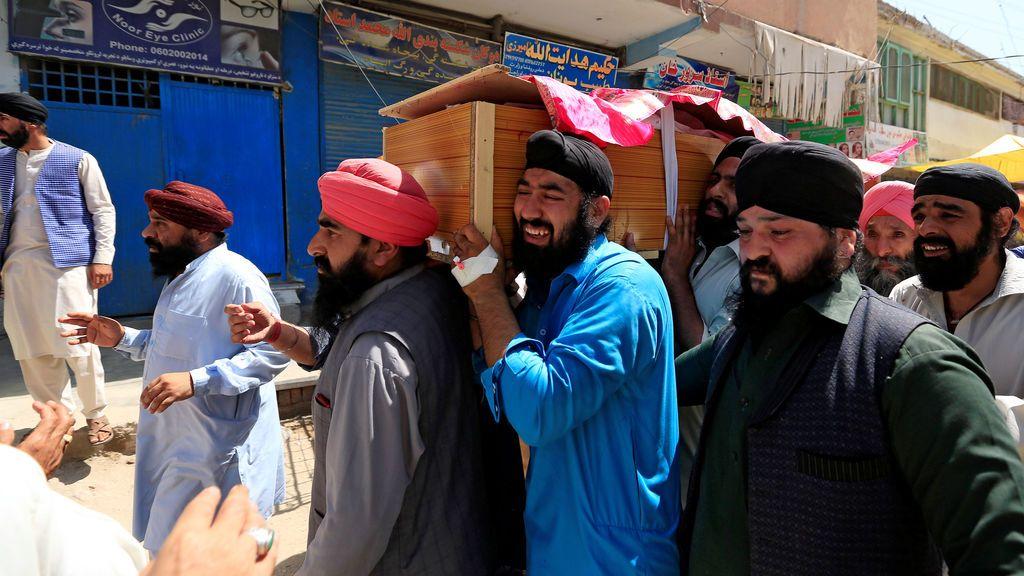 Los habitantes de Jalabad, destrozados tras el atentado