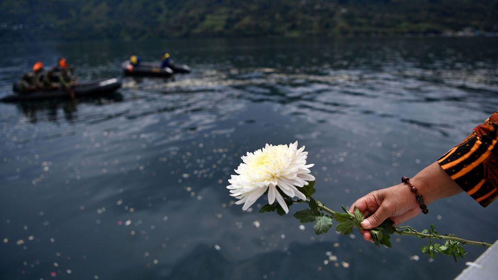 El Lago Toba recuerda a los desaparecidos