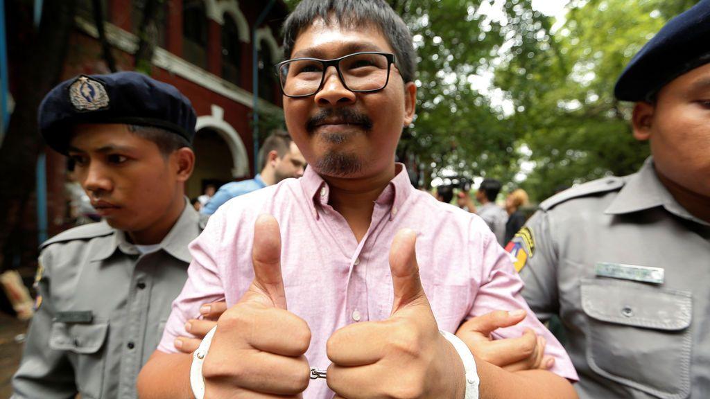 Dos periodistas a juicio por desvelar secretos de Estado