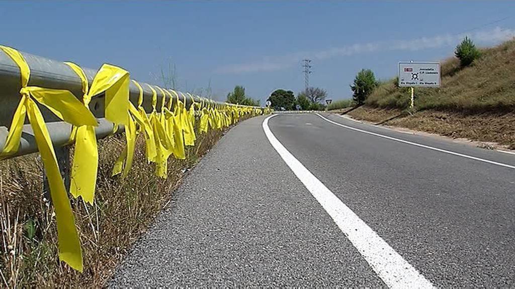 La cárcel a la que va Junqueras amanece rodeada de lazos amarillos