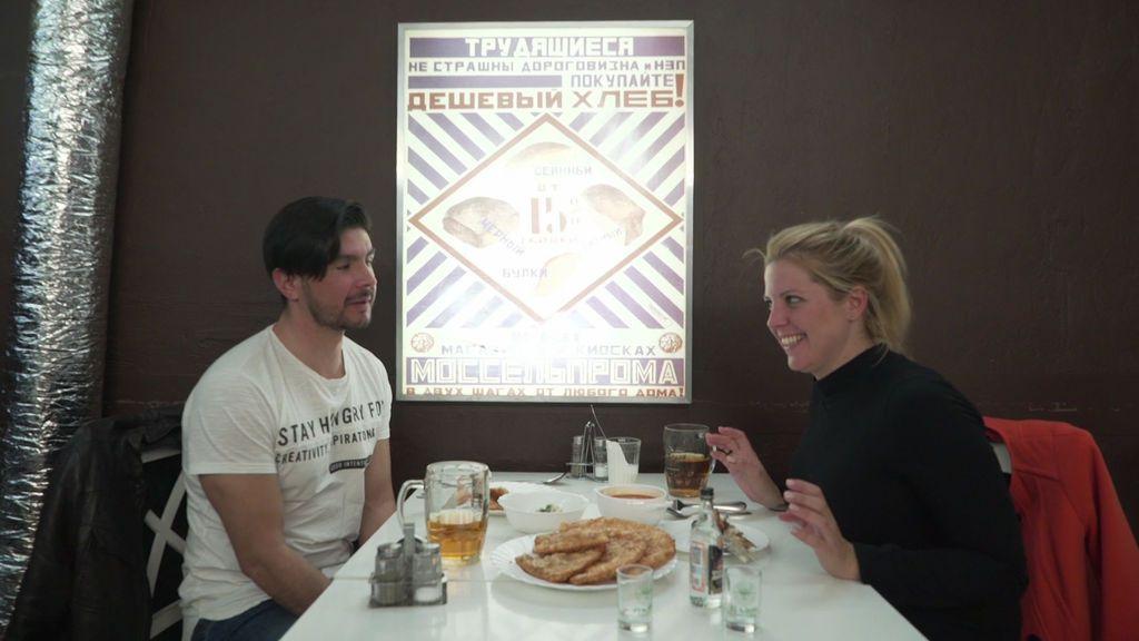 Quesos, caviar, vodka y comida rápida: los contrastes de la gastronomía rusa