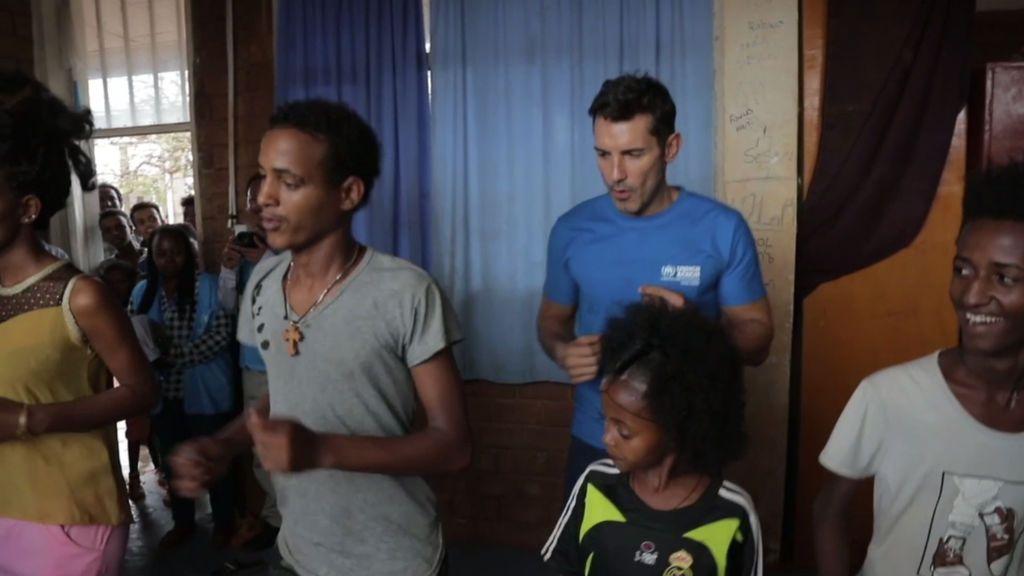 El baile y la música, terapias fundamentales en los campos de refugiados