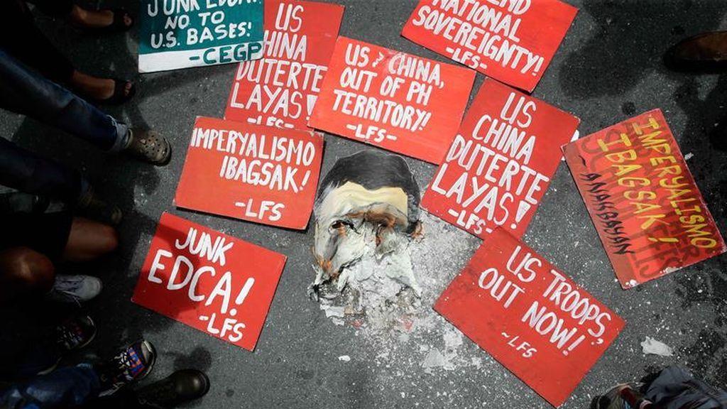 Filipinas protesta contra las tropas de Estados Unidos en el día más festivo para los norteamericanos