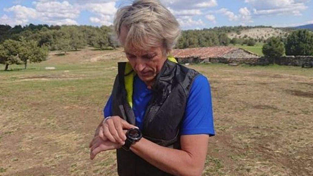 """Jesús Calleja se pone serio con los peligros de correr en el monte: """"Nunca vayáis solos pensando que os vais a orientar"""""""