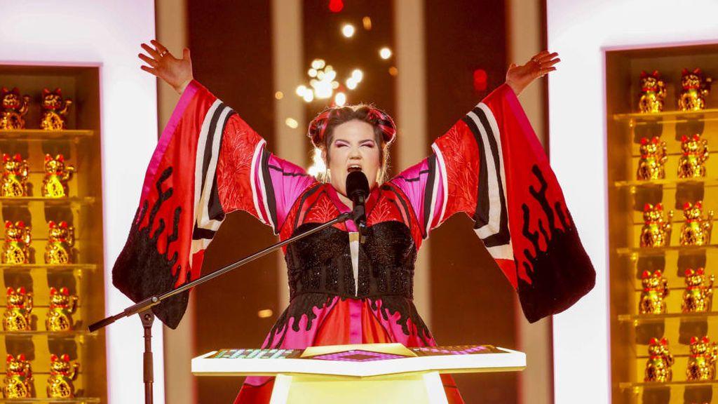 Netta canta 'Toy' en la final de Eurovisión 2018, celebrada el 12 de mayo de 2018 en Lisboa.
