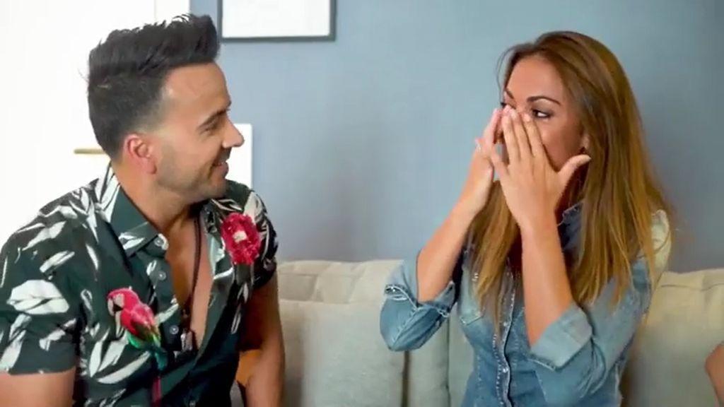 Lara Álvarez sorprendida cantando por Luis Fonsi