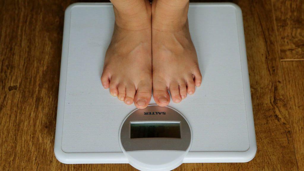 Cinco problemas para la salud que provoca bajar rápidamente de peso
