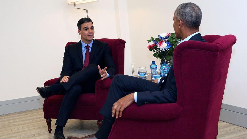 """""""Sintonía"""" y """"cordialidad"""" en el encuentro entre Pedro Sánchez y Barack Obama"""