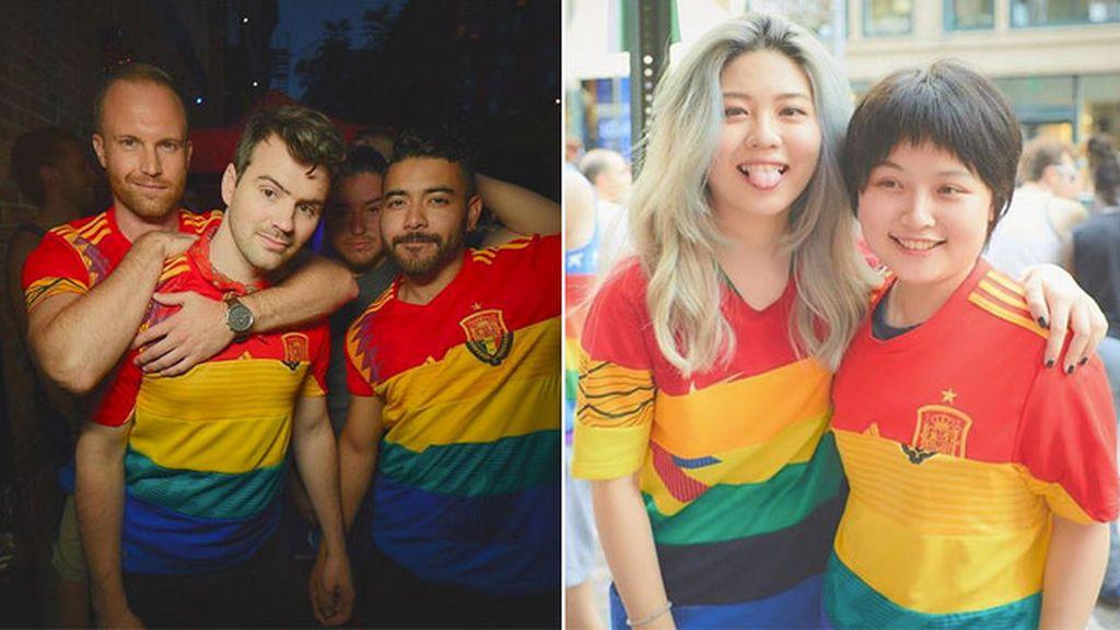'Same Team Jersey', la camiseta arcoíris del Mundial que triunfa en el Orgullo Gay
