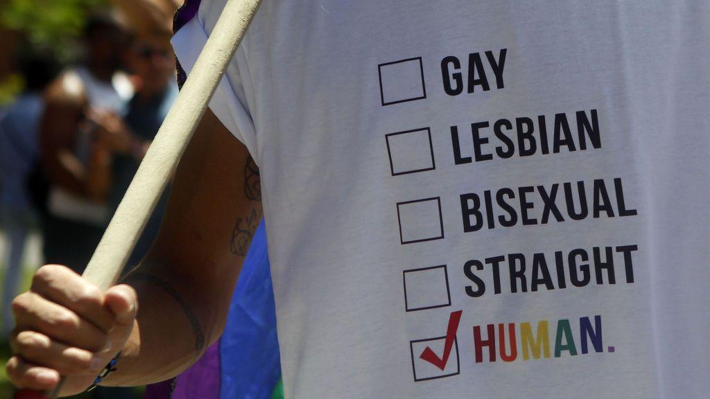 La marcha del Orgullo LGTBI reivindica el reconocimiento legal de los transexuales