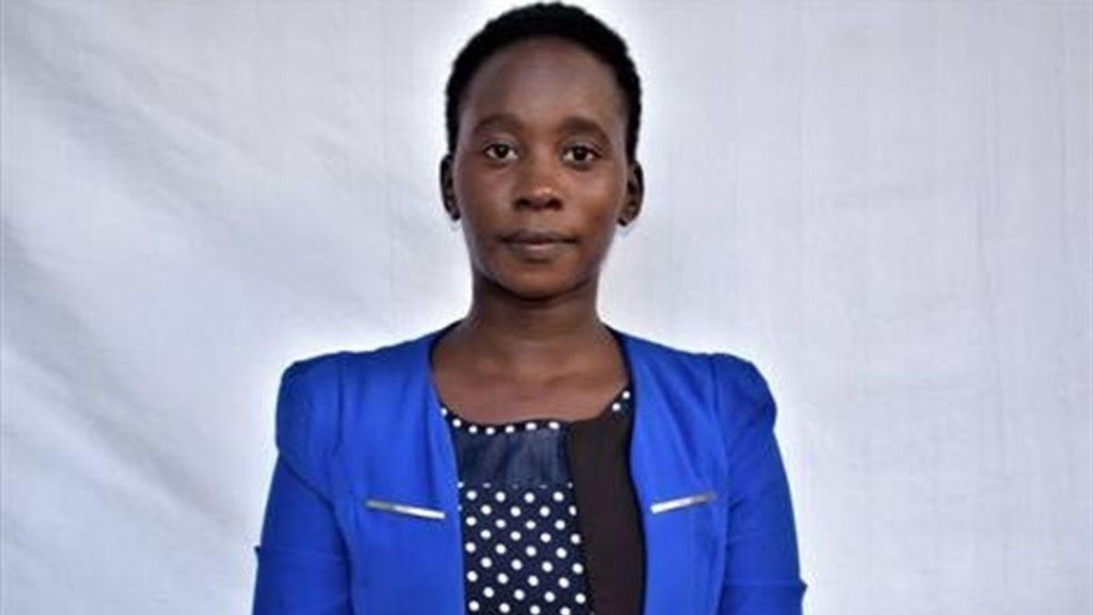 Una joven keniata 'maldita' por no haber sufrido ablación lucha contra esta lacra con su ONG