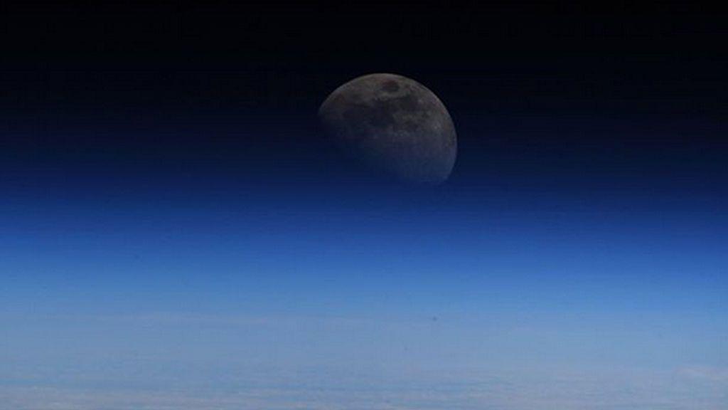 Así se ve la Luna desde la Estación Espacial Internacional