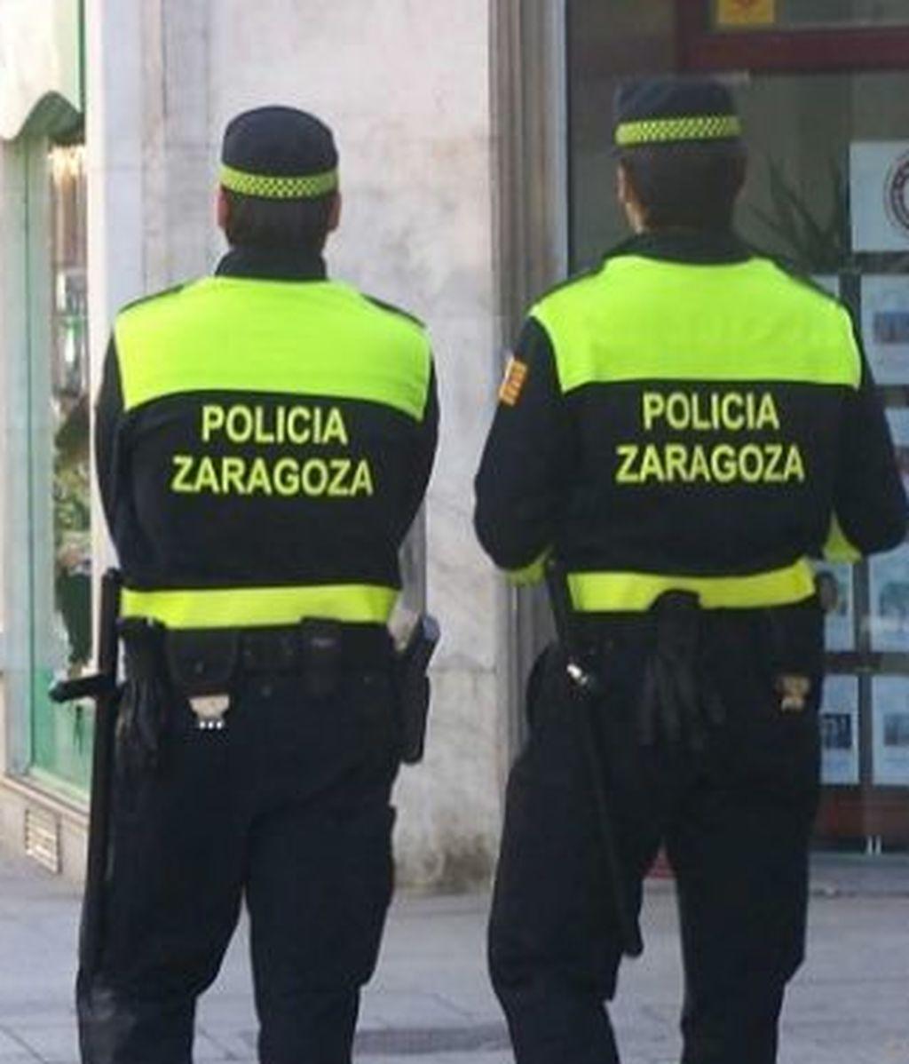 Detenido por agredir a su pareja en la vía pública en Zaragoza