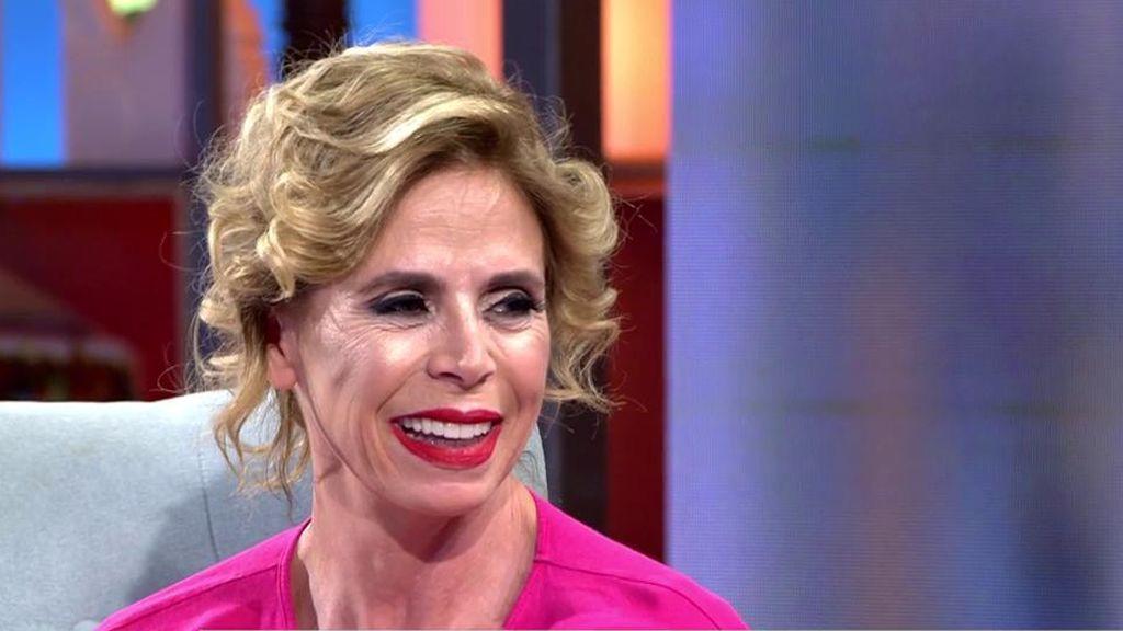 """Toñi consigue la confesión más esperada de Ágatha Ruiz de la Prada: """"Estoy enamorada, 'chatarrero' me pone"""""""