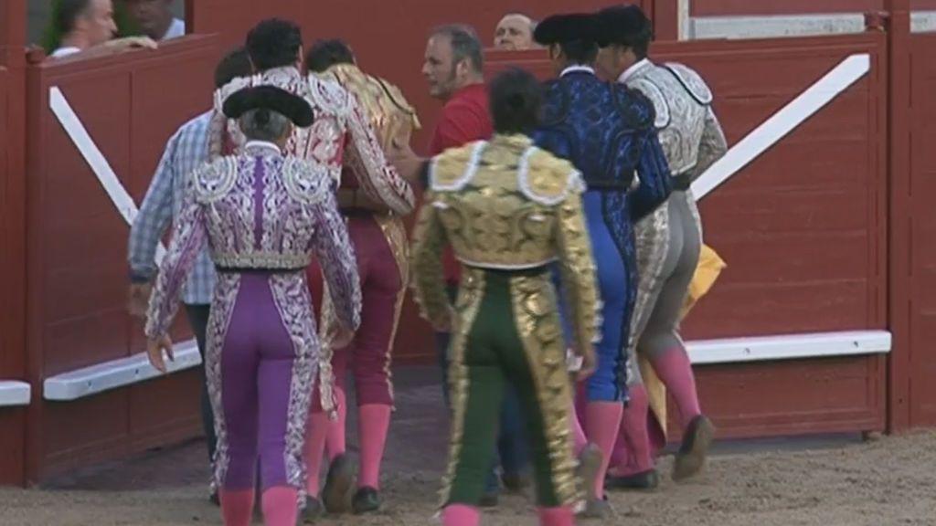 Terrible cogida sufrida por el torero Juan José Padilla en Arévalo